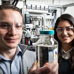 Nabila Huq and Derek Vardon in research lab