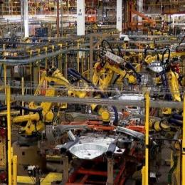 Robots working in Ford Motor factory