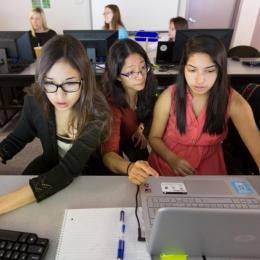 ASU Graduate Fellow Jessica Guo Teaches Coding and Big Data to High School Students